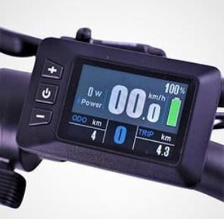 Display of Ride1UP 700 series, where you can see battery level, speed, trip length and more.
