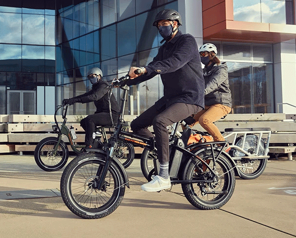 people riding with radmini with Hyban Helmet on