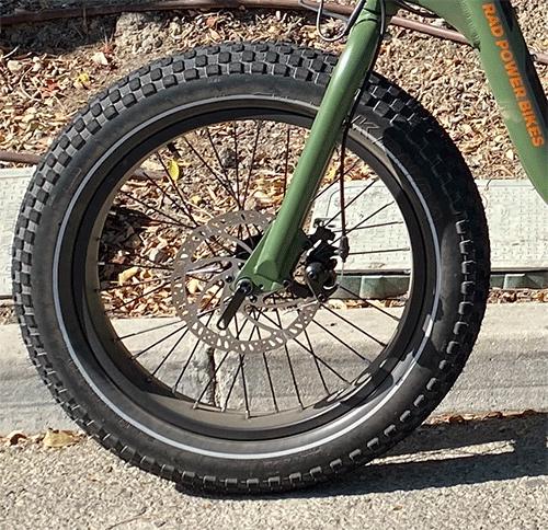 RadRunner front wheel with 180mm disc brake rotor